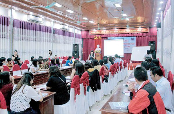 TGĐ Vimos chia sẻ về lợi ích của Sổ tại Hội nghị ở Hà Tĩnh năm 2018