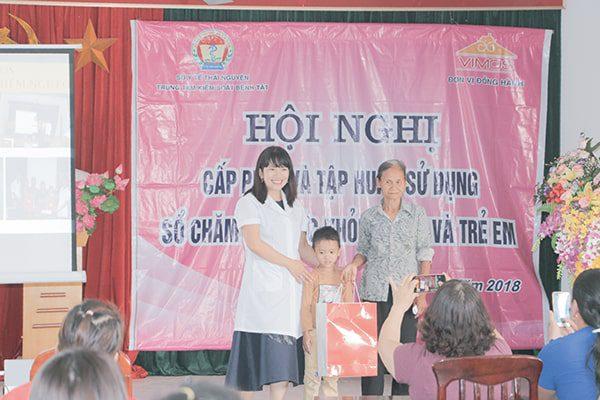 VIMOS tặng quà cho các cháu mắc bệnh hiểm nghèo có hoàn cảnh khó khăn tại Thái Nguyên năm 2018