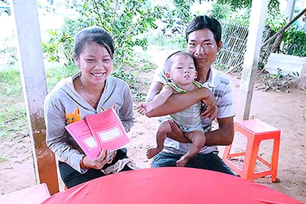 Cuốn Sổ TDSKBM&TE có mặt tại tỉnh Bến Tre lần đầu tiên năm 1998