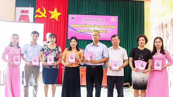 Dược Phẩm VIMOS tặng sổ cho tỉnh Hưng Yên