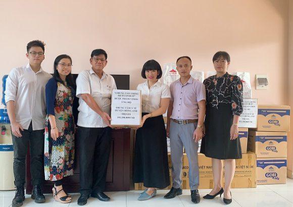 Dược phẩm Vimos ủng hộ Trung tâm y tế huyện Đông Anh phòng chống dịch Covid
